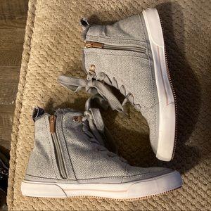 Roxy Ivan Fur High Top Sneaker